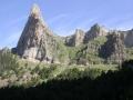 climbing-to-the-faja-de-flores