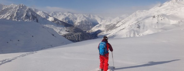 Skiing and Boarding in Fresh powder snow this morning, Pyrenees skiing holiday – Grand Tourmalet, Bareges La Mongie