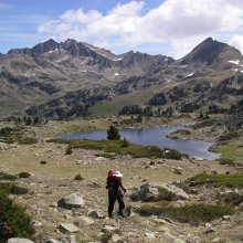 Pyrenees discoverer walking
